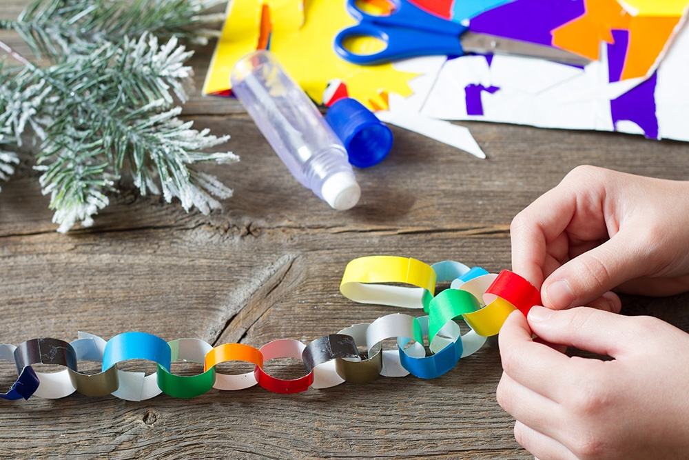Count down to Christmas with an O Antiphons paper chain