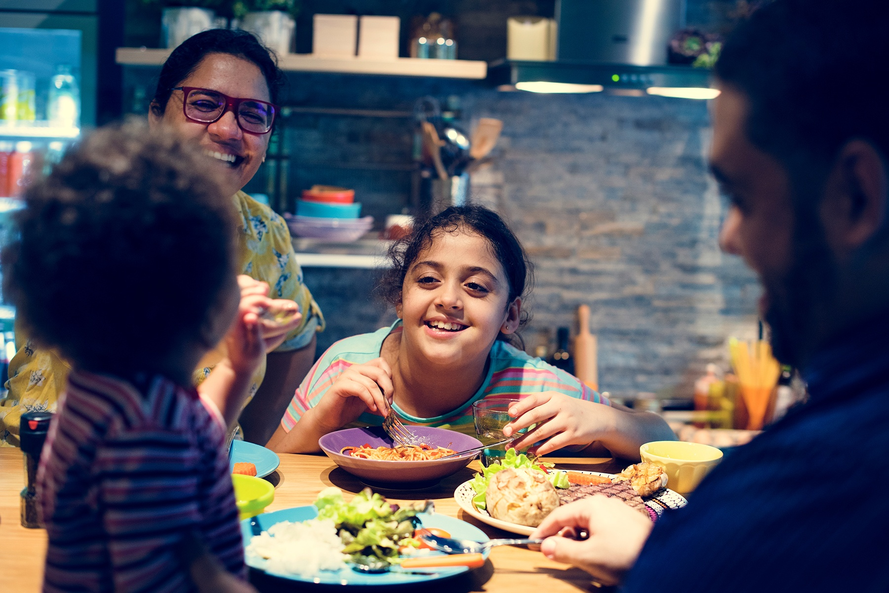 Meals strengthen families: Why eating together matters